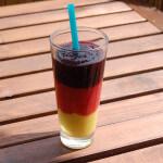 Der Deutschland Smoothie in schwarz-rot-gold