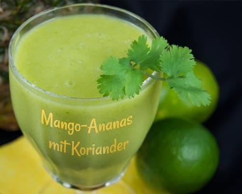 Rezept mit Mango, Ananas und Koriander