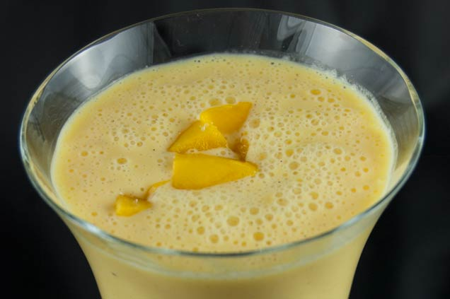 Spritziger Mango Smoothie Mit Greek Yogurt Smoothie Mixer De