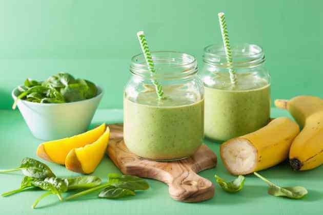 Grüne Smoothies mit Spinat
