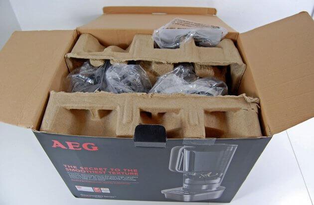 AEG SB9300 GourmetPro Standmixer in der Originalverpackung