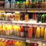 Fertigsmoothies im Supermarkt
